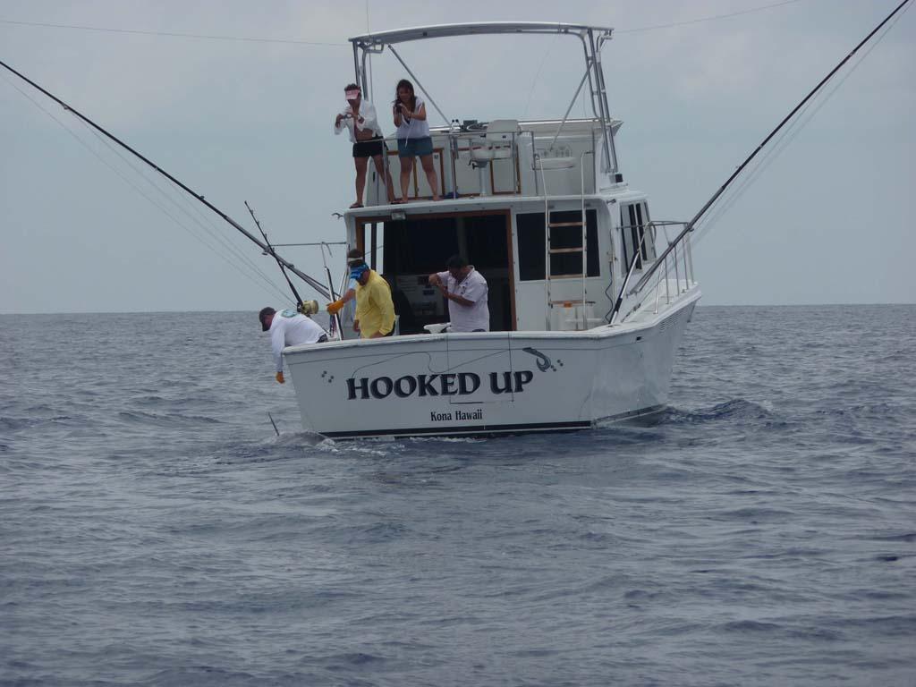 Deep sea fishing packages in kona hawaii hooked up for Kona deep sea fishing